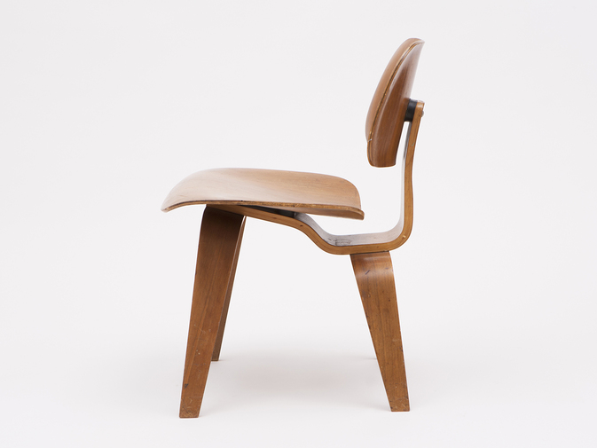 Charles & Ray Eames Early DCW Chair, image 4