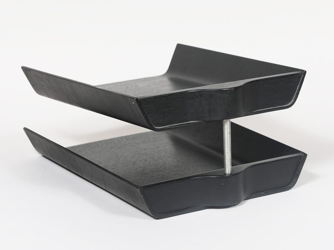 Florence Knoll Letter Tray, image 1