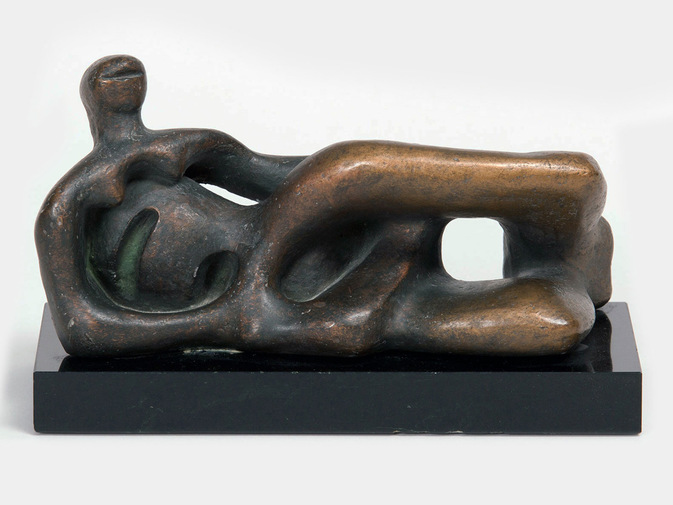 Henry Moore Sculpture, image 1