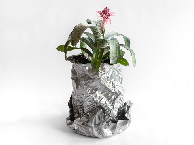 Christopher Prinz Wrinkled Outdoor Planter, image 1
