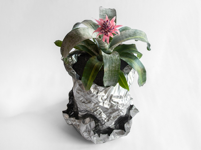 Christopher Prinz Wrinkled Outdoor Planter, image 3