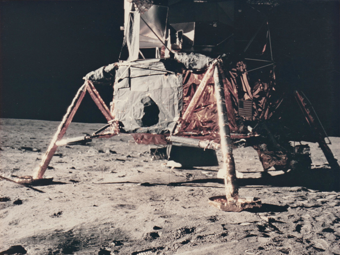 Vintage NASA Photograph of the Apollo 11 Moon Landing, image 2